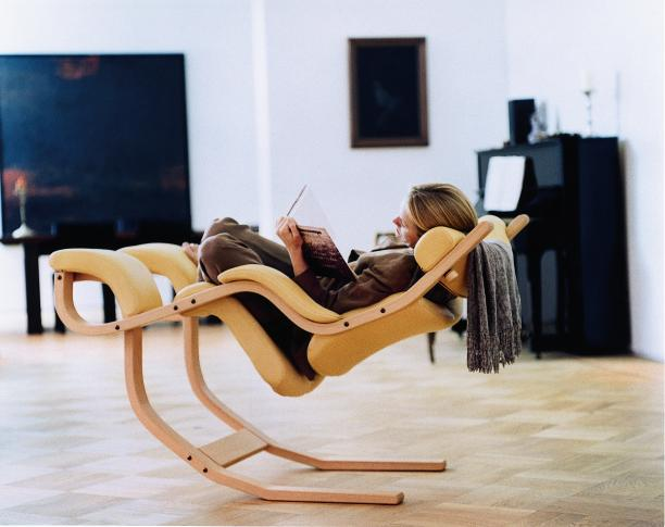Modern Furniture and Contemporary, Italian and European Furnishings from SolasOnline